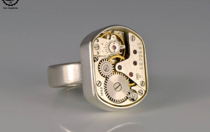 Tempus Fugit Collection: Beta Ring | Steampunk sterling silver ring by Decimononic