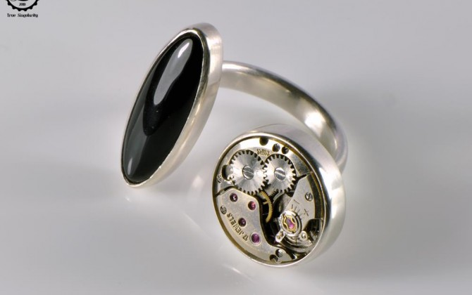 Decimononic - Discord Ring Onyx