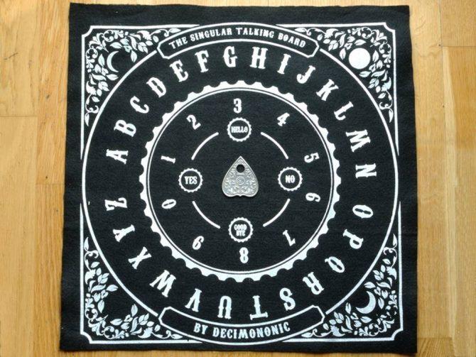 Decimononic - The Singular Talking Board