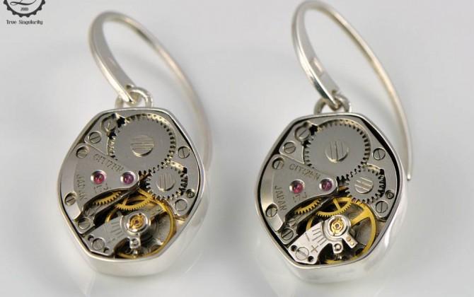 Gamma Earrings | Steampunk earrings by Decimononic