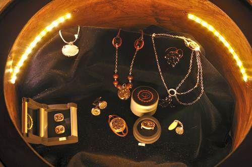 Decimononic jewelry expo at Ithilien - Chapinería, Madrid, Spain