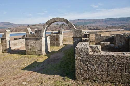 Porta Principalis Sinistra por Álvaro Pérez Vilariño