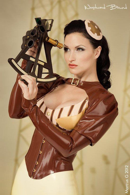 Steampunk Latex - Photo Marcus Gunnarsson